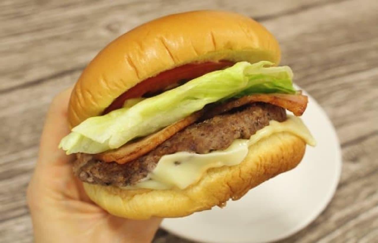 奇をてらわない、王道のハンバーガー