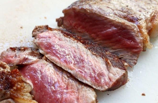 お肉自体のうまみを存分に味わって
