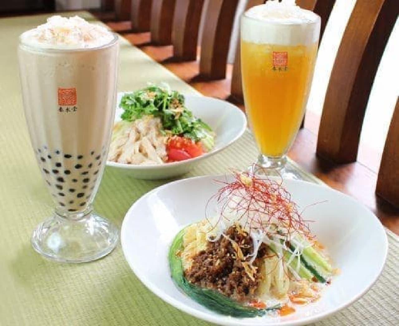 春水堂の麻辣豆乳涼麺と塩鶏香菜涼麺とドリンク