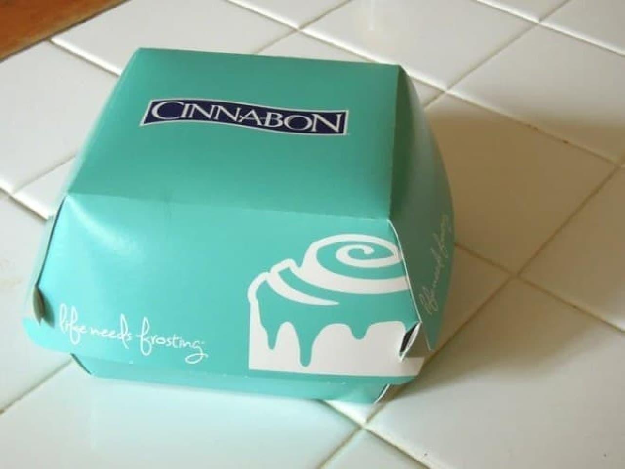 シナボンのテイクアウト用ボックス