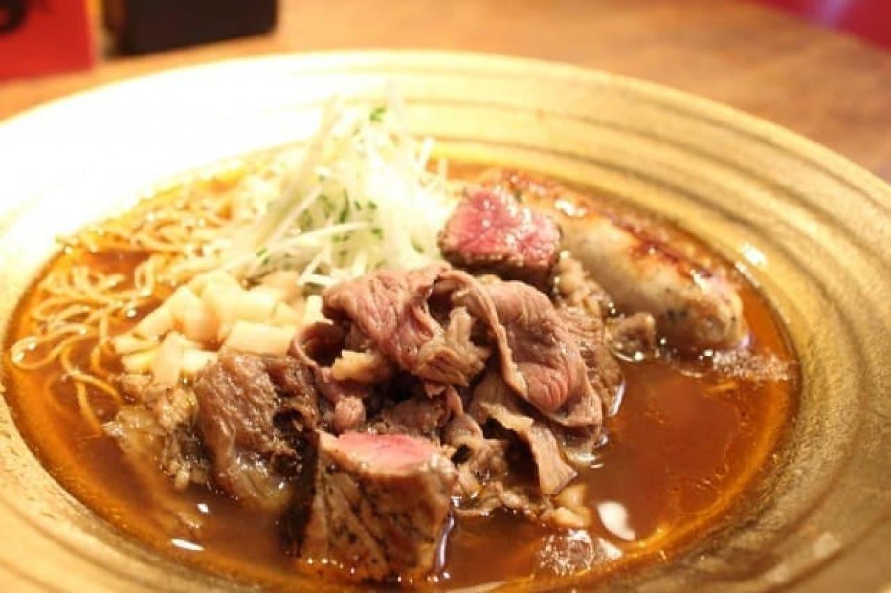 麺屋武蔵20周年「金乃武蔵」、6月の「リムーザン牛ら~麺」