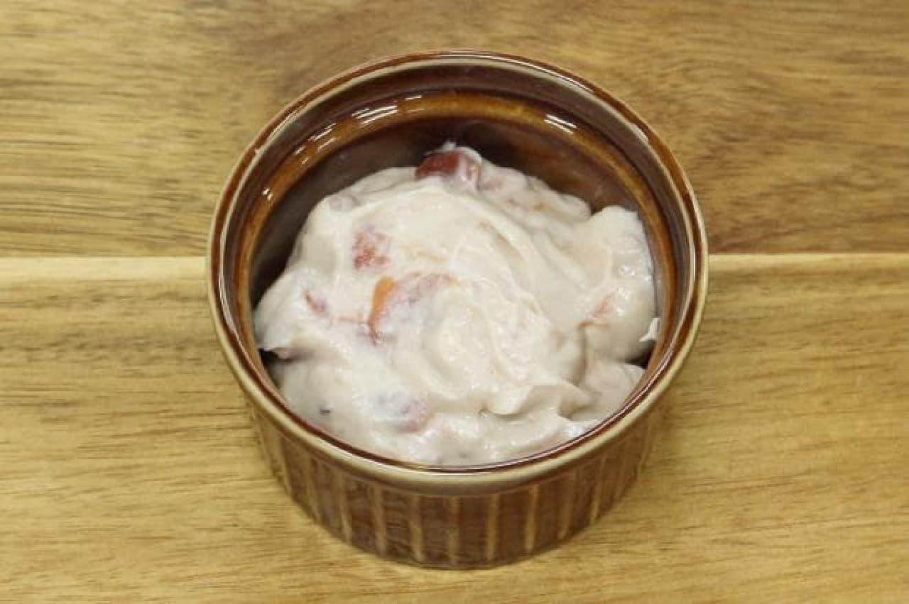ホンノリカスカナ酒粕クリームと梅の出逢いで作ったディップソース