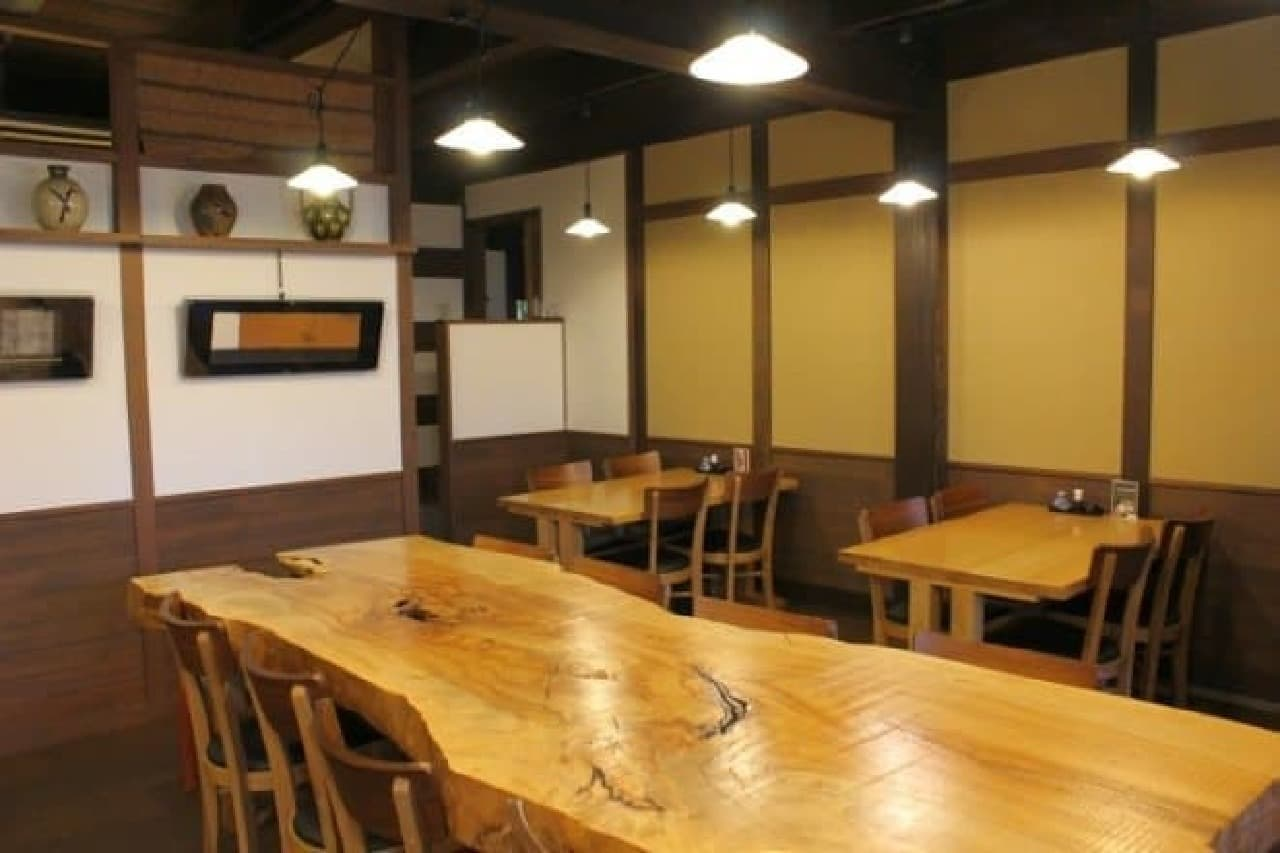 美観地区にある料理旅館「鶴形」の食事処「つる形」