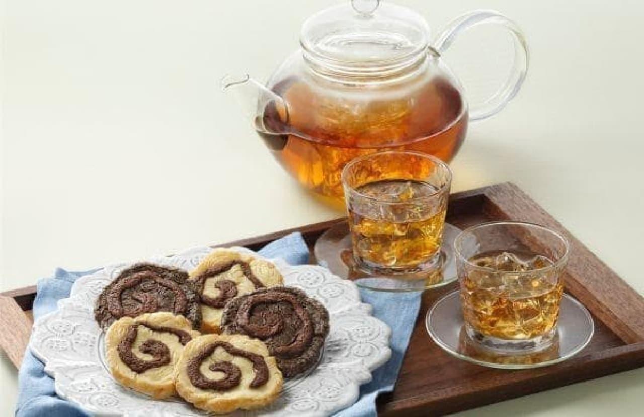 メリーチョコレート「メリースパイラルクッキー&パイ」