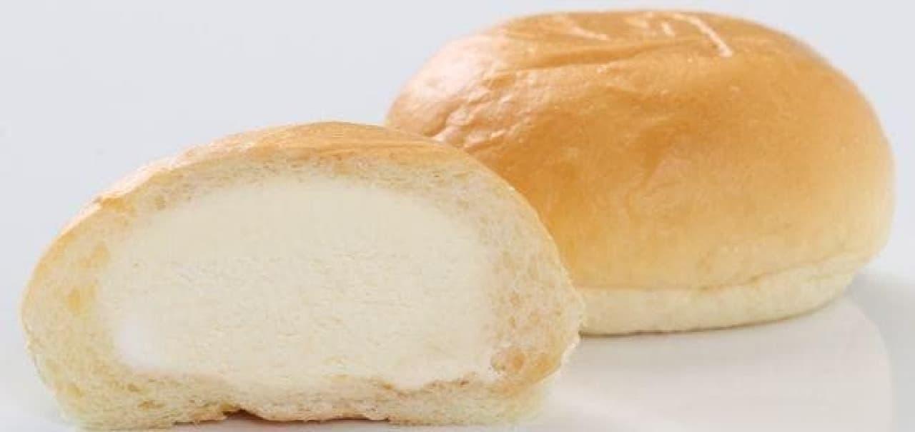 スリーエフ「F STYLE 清水屋 クリームチーズ生クリームパン」