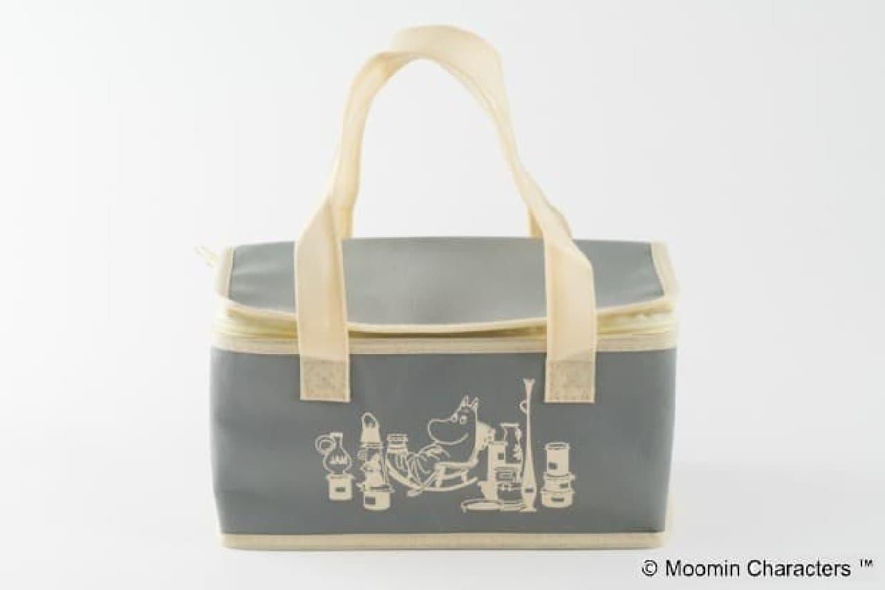 八天堂、ムーミンコラボの保冷バッグ