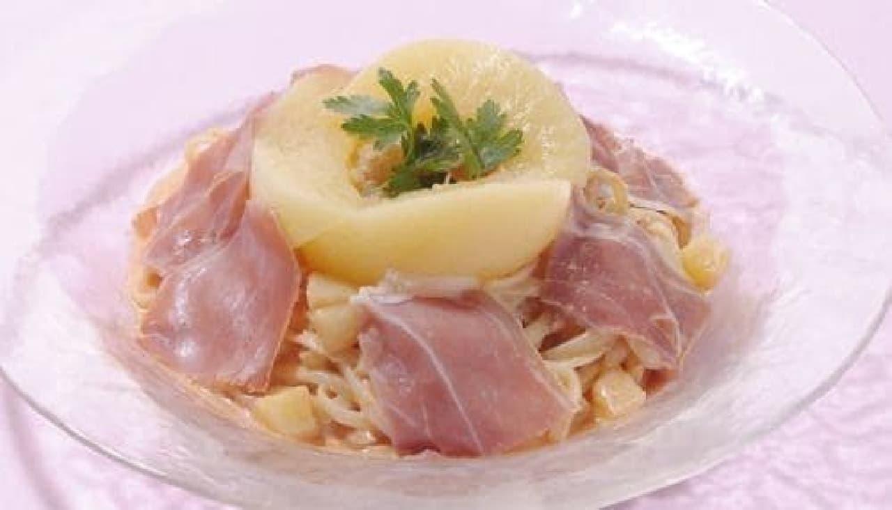 銀座コージーコーナー「桃と生ハムの冷製パスタ」