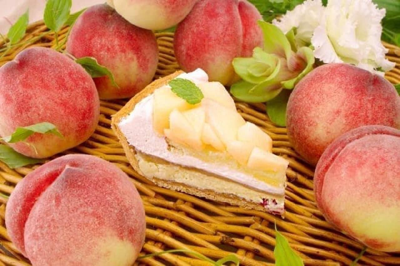 キルフェボン「2016ピーチWeek!」桃とチーズのタルト断面