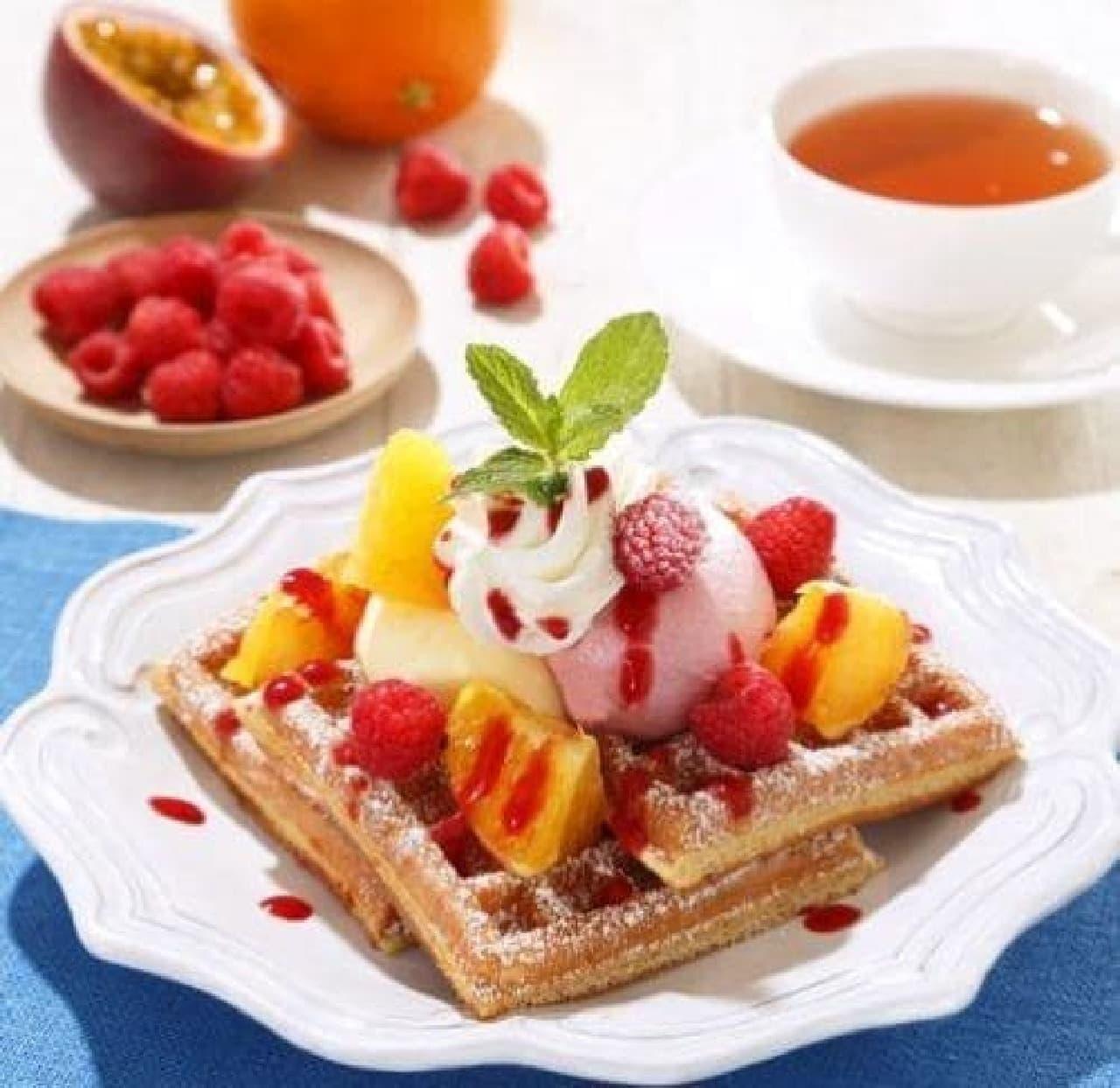 マザーリーフ木苺とパッションフルーツのクリームワッフル
