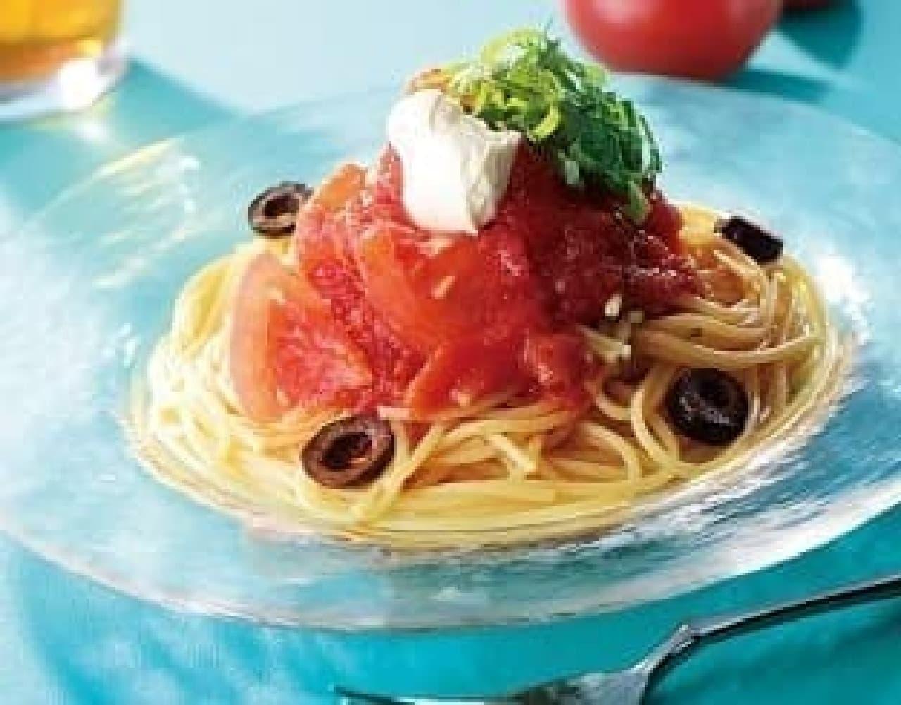 カフェ・ド・クリエ「冷製 トマトたっぷりイタリア産完熟トマトソース」