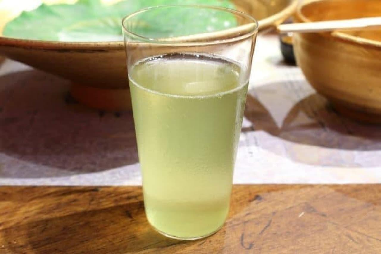 麺屋武蔵「金乃武蔵」シリーズ、武骨相傳「水つけ麺」のシメのお茶