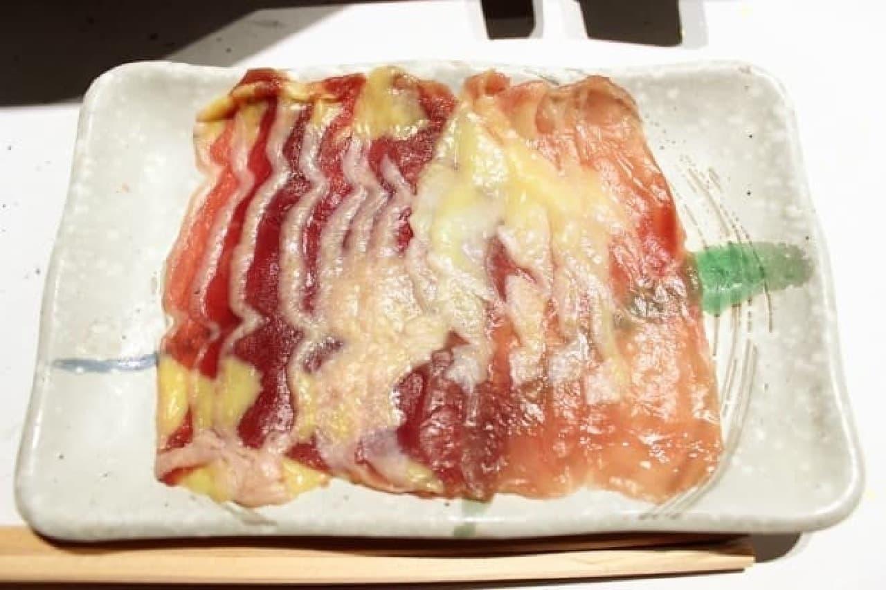 神楽坂鳥半、フレンチ串と雉しゃぶコースの、しゃぶしゃぶ用きじ肉
