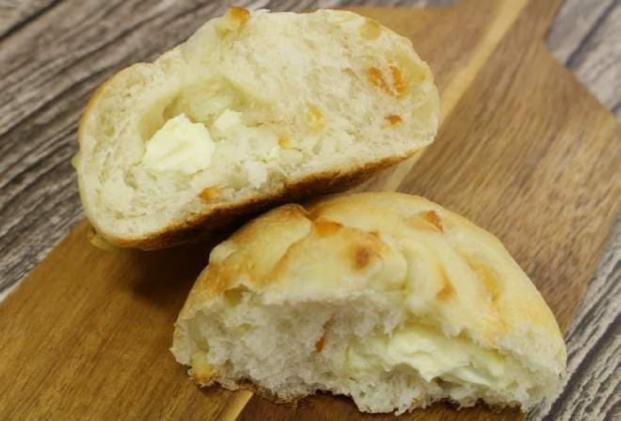 ブーランジェリー mugi「オレンジピールとクリームチーズ」