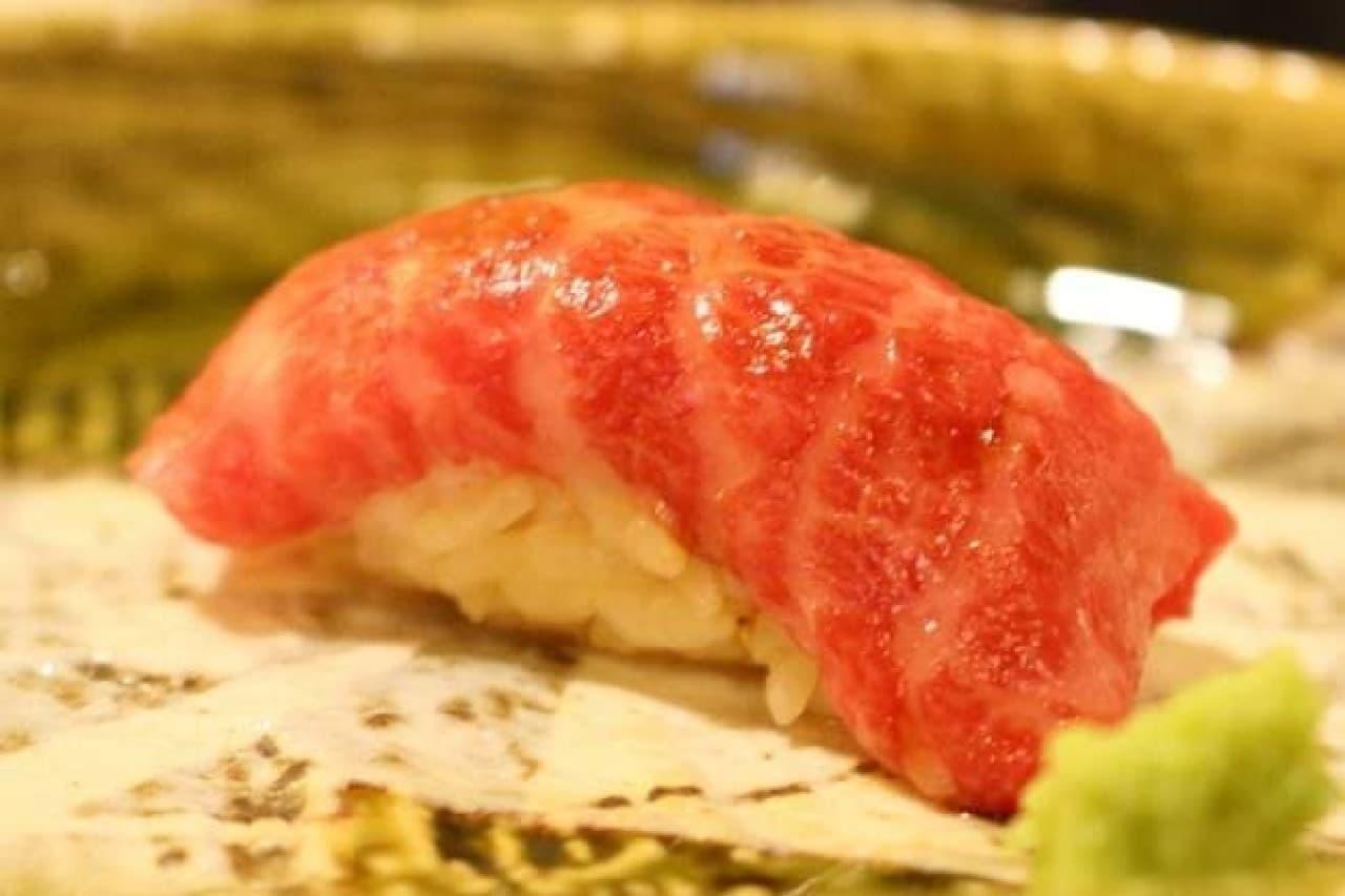 GEMS神田「肉の匠 将泰庵」の肉寿司