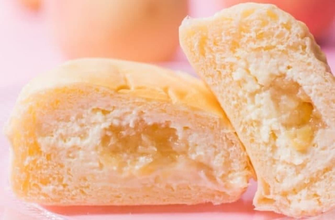 八天堂「とろけるくりーむパン 清水白桃」