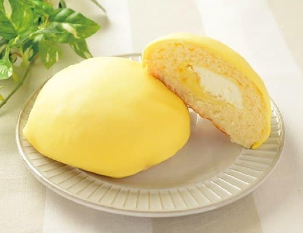 ローソン「しっとりメロンパン 瀬戸内レモン」