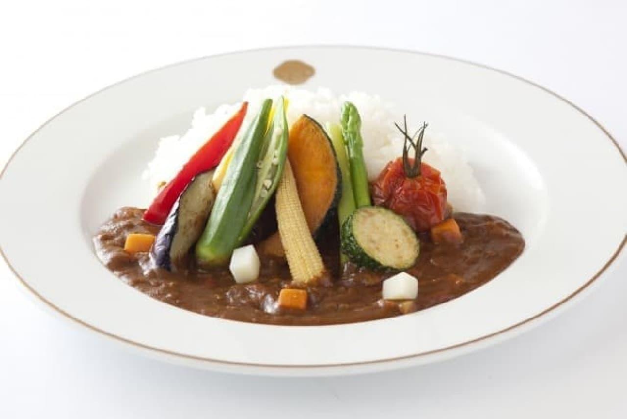 資生堂パーラー「11種類の彩り野菜カリーライス」
