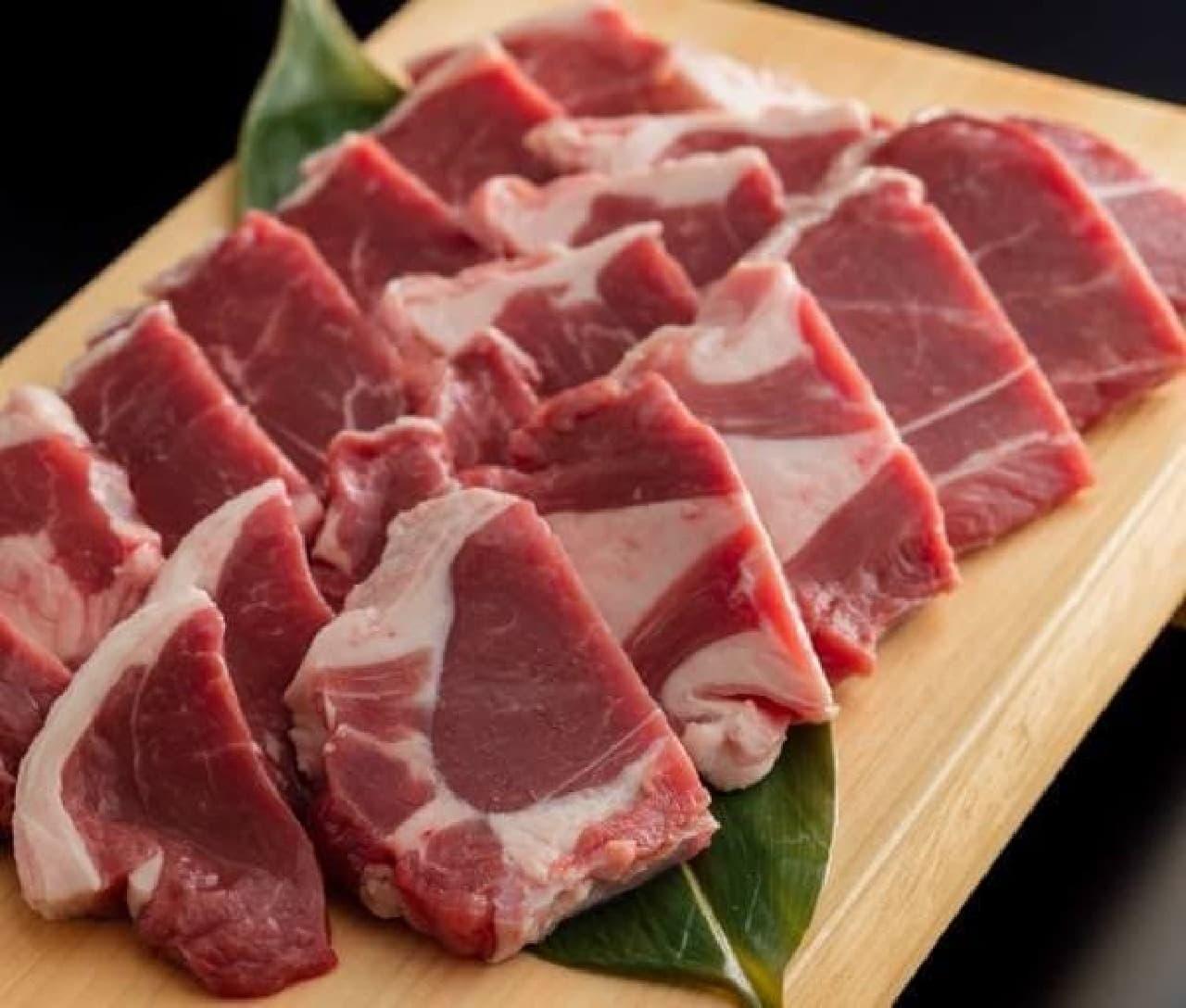 甘太郎「ラム肉食べ放題」 ラムの厚切りランプ肉
