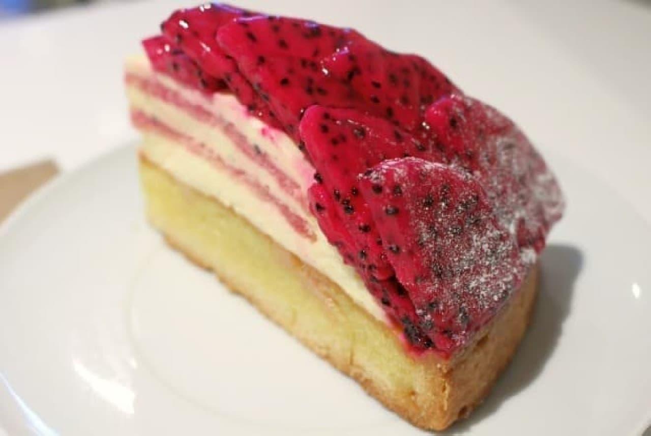 Bon Vivant Baking Factory「ピタヤのタルト」