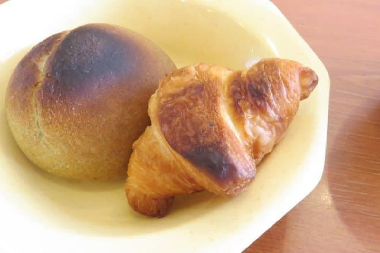 ココス朝食バイキング パン