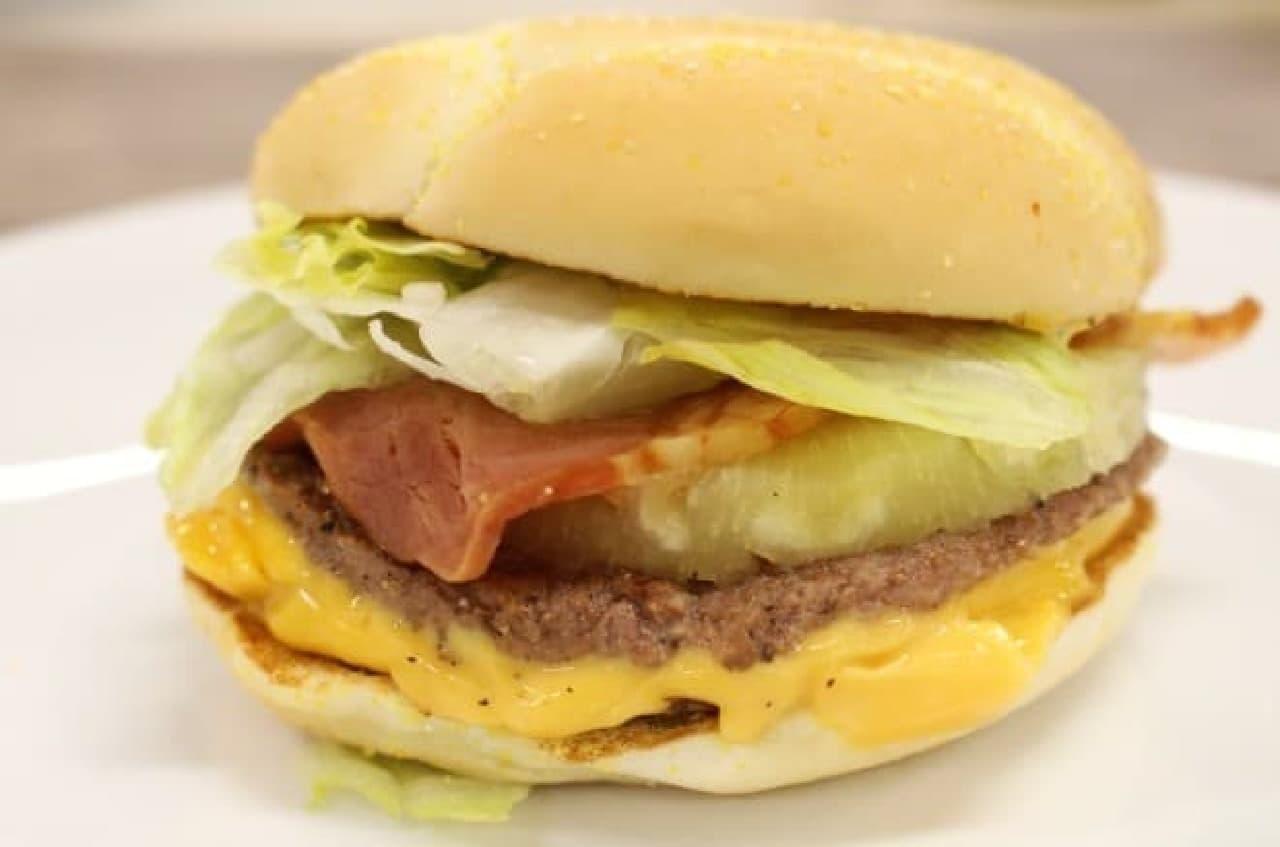 マクドナルド「必勝バーガー ビーフ&パイン」