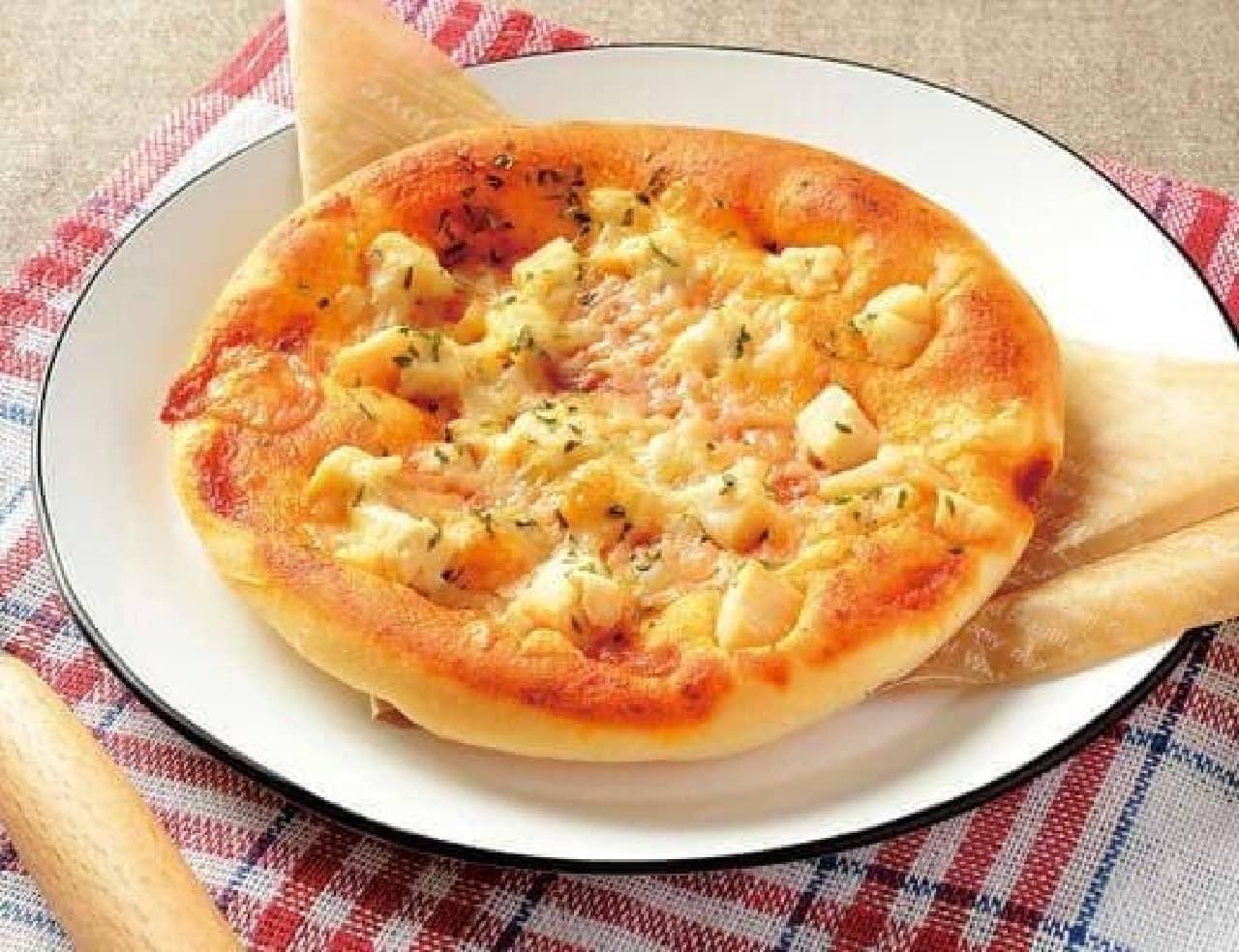 ローソン「トマトチーズピザパン」