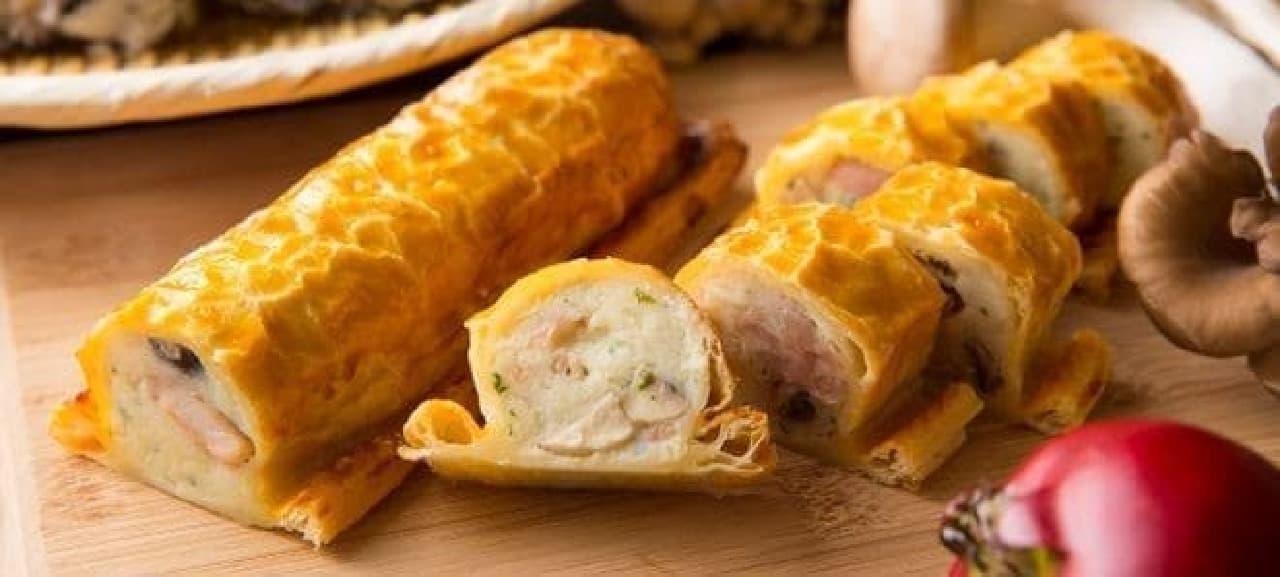 ヒルトン小田原「牡蠣ときのこ 秋のランチブッフェ」の「鶏ときのこのパイ包み焼き」