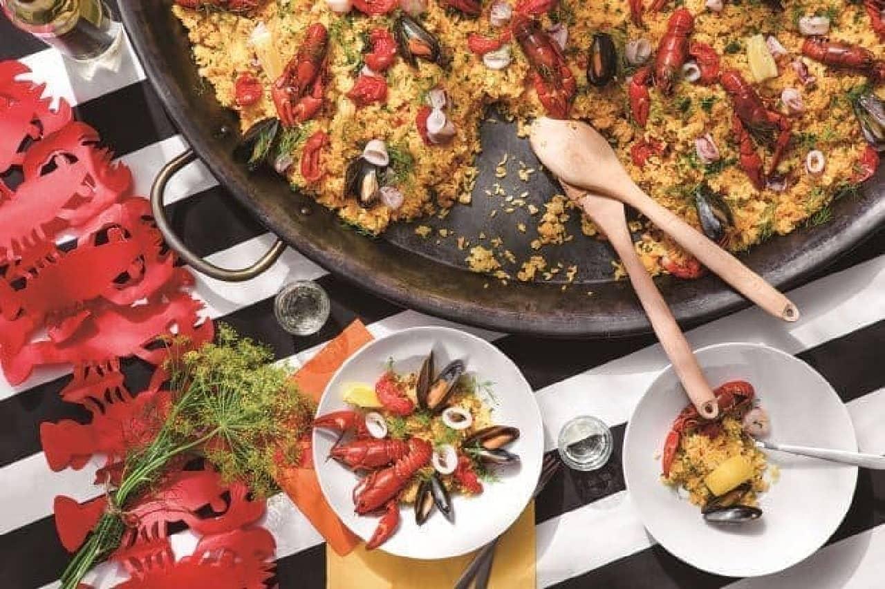 IKEA(イケア)巨大な鍋でつくる「ザリガニパエリア」