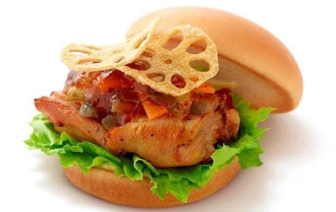 モスバーガー「パリパリれんこんチキンバーガー」