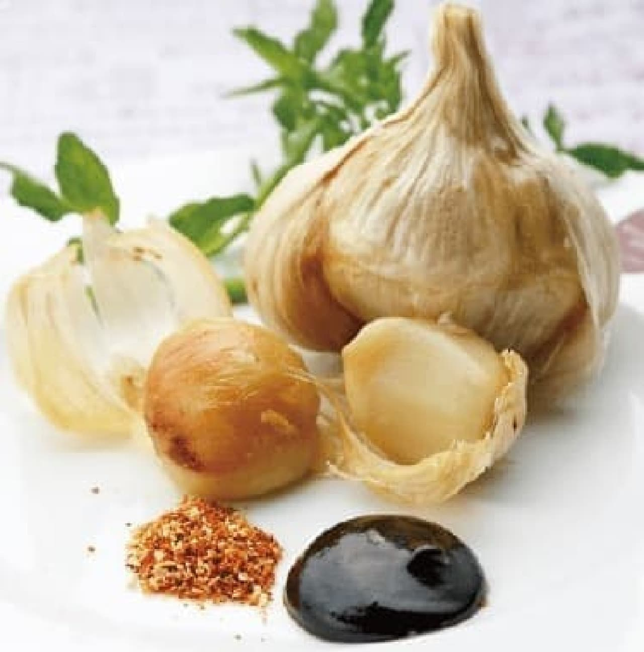 はじめの一っぽ「青森県産 福地ホワイト六片 にんにくの丸揚げ」