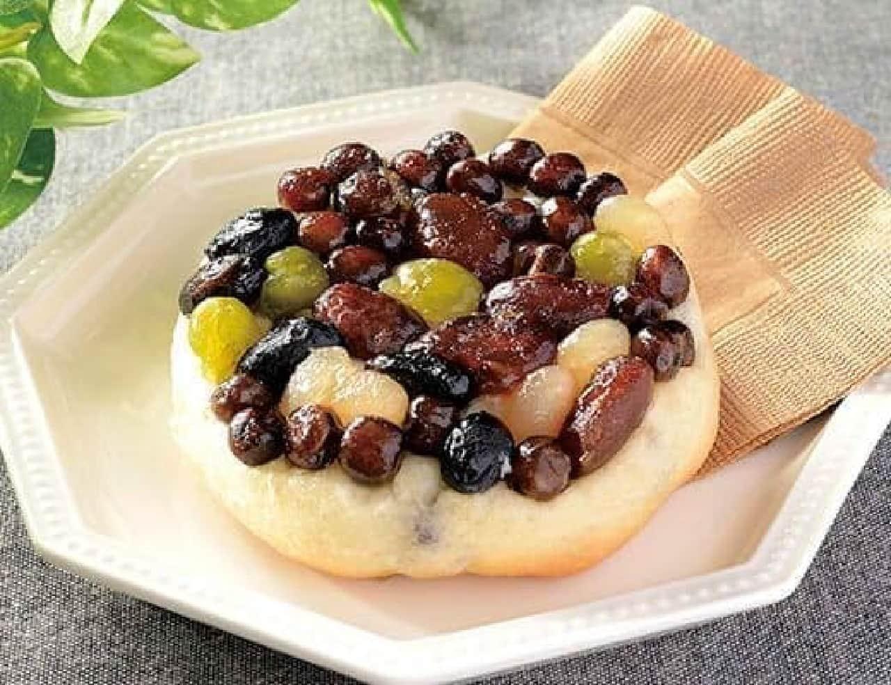 ローソン「しっとりとした豆のパン」