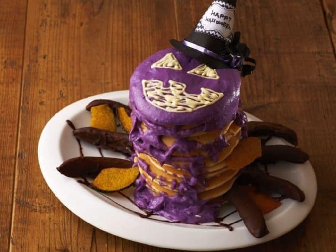 エッグセレント「紫いもとホワイトチョコのスパイダーパンケーキタワー」