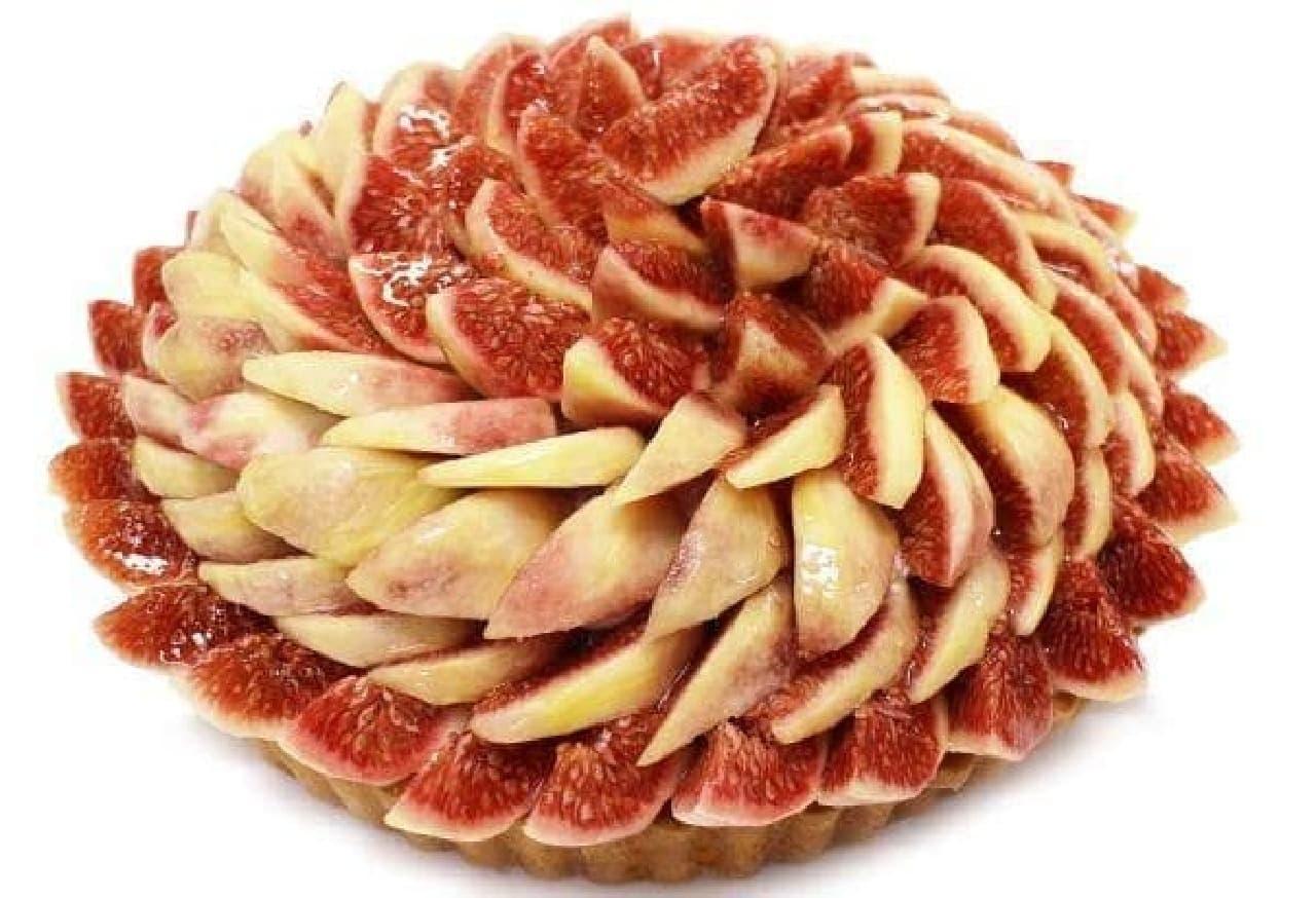 カフェコムサ「島根県出雲産 モーツァルトいちじく 蓬莱柿(ほうらいし)のケーキ」
