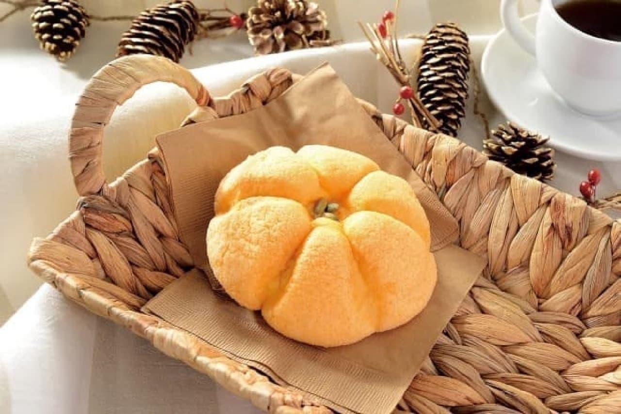 ローソン「まるでかぼちゃパン」