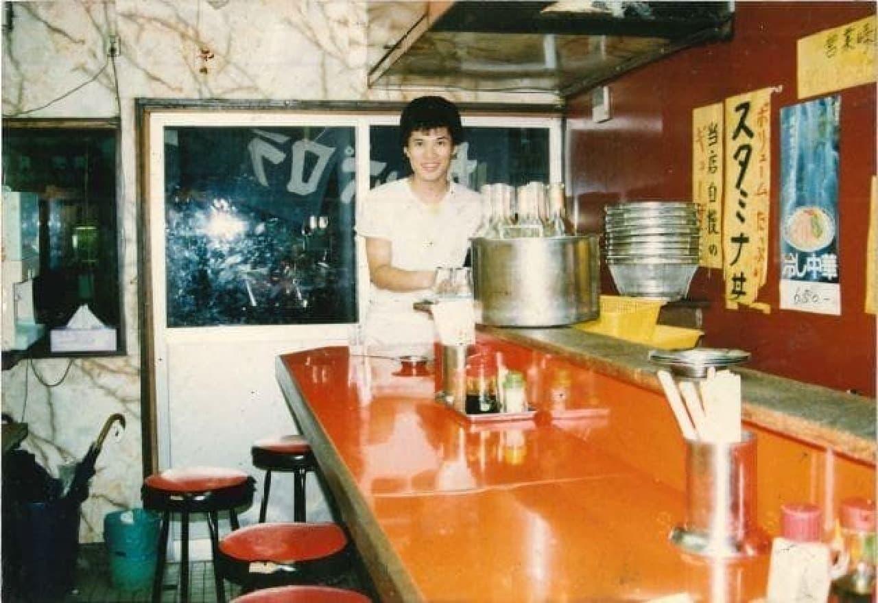 「元祖スタ丼の店 国分寺店」30年前の店構え