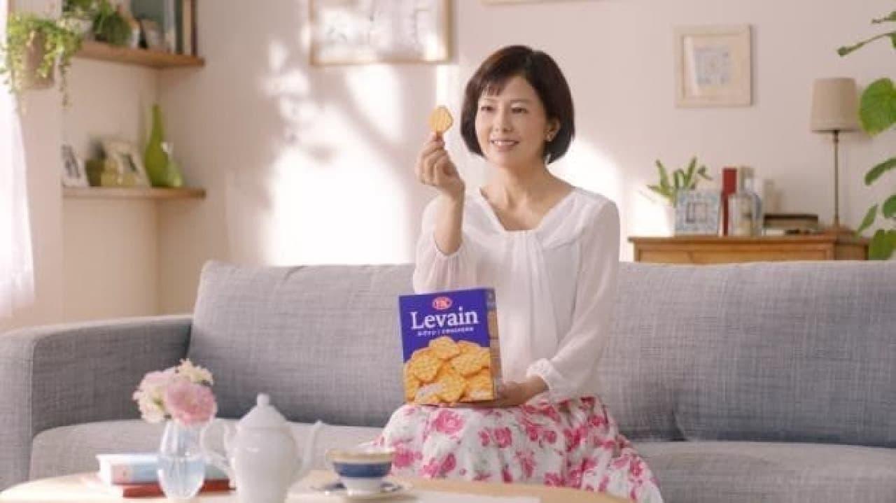 ヤマザキビスケット「ルヴァン」CMの沢口靖子さん