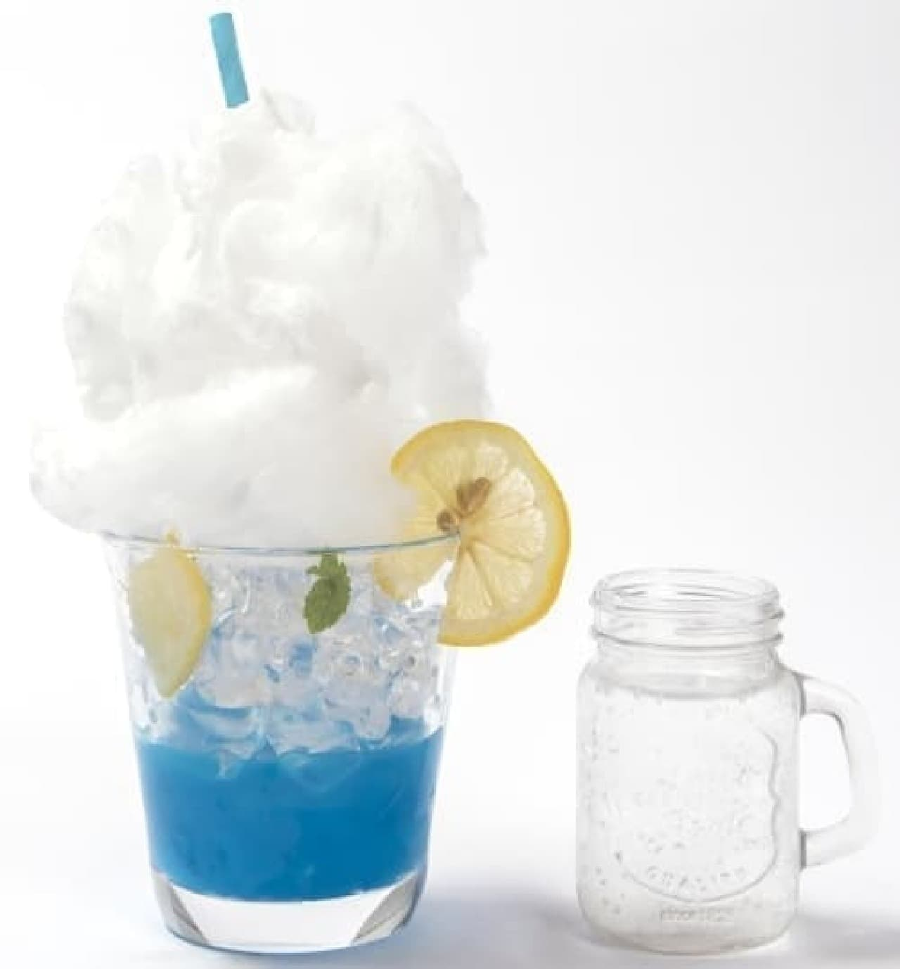 時をかける少女カフェ「あの夏の青空と入道雲ソーダ」