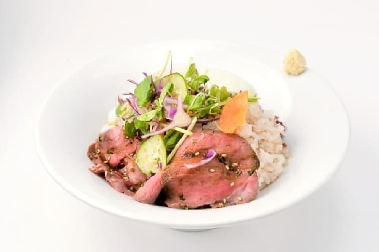 関鍛冶CAFE&あずきBAR、あずきバーローストビーフ丼