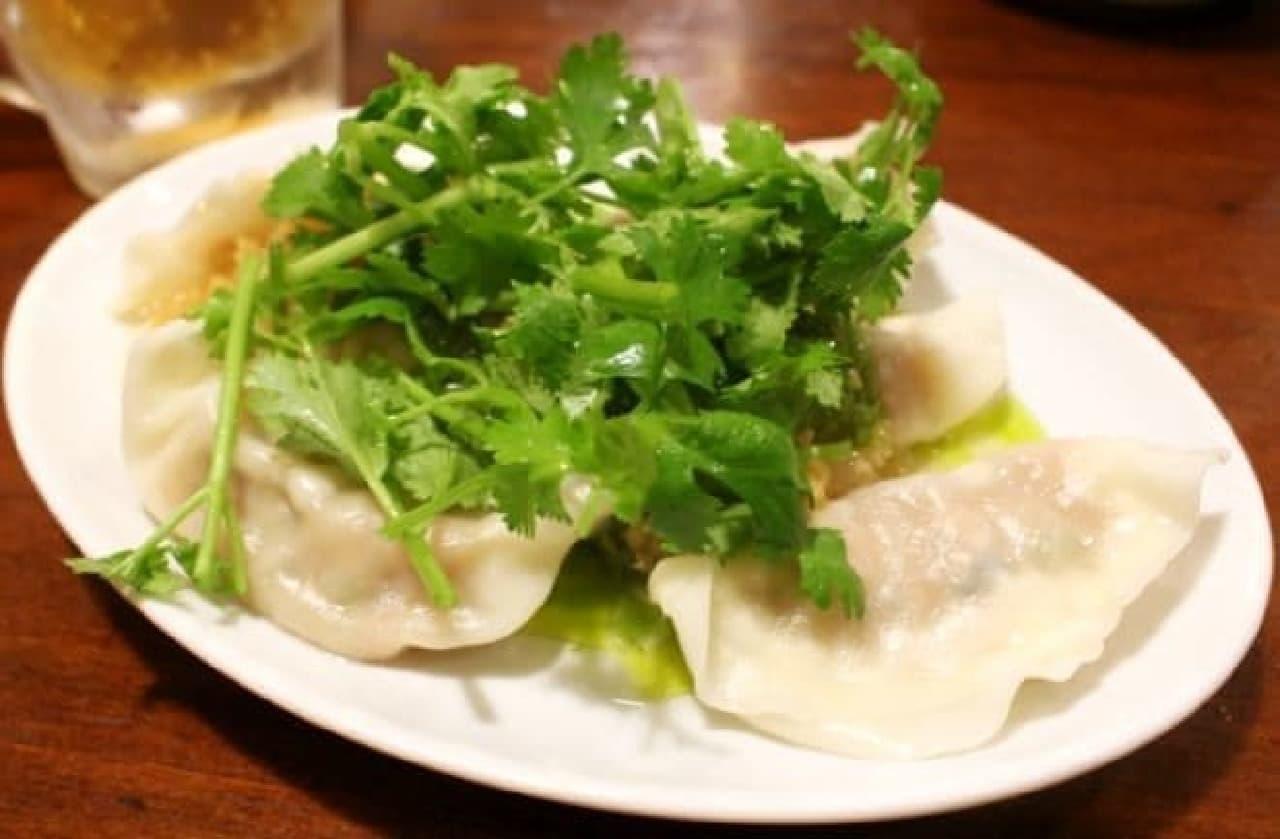 豆金餃子「パクチー餃子」