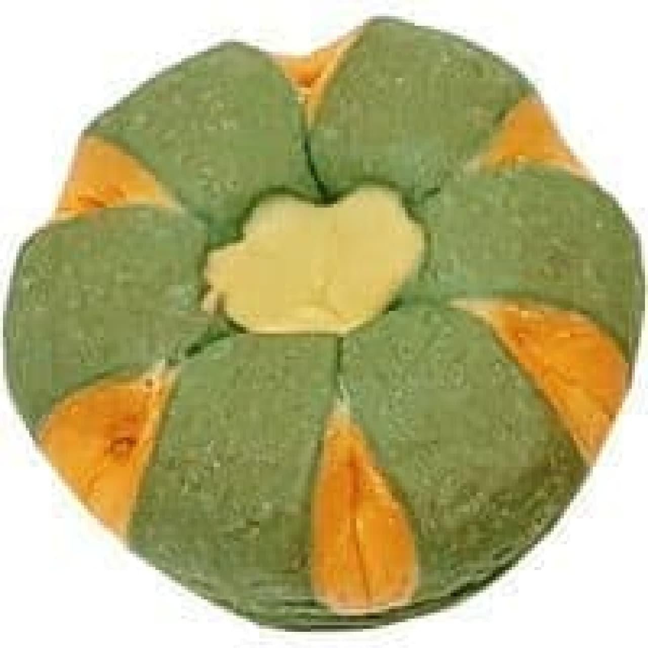 ファミマに「ちぎれるかぼちゃパン」