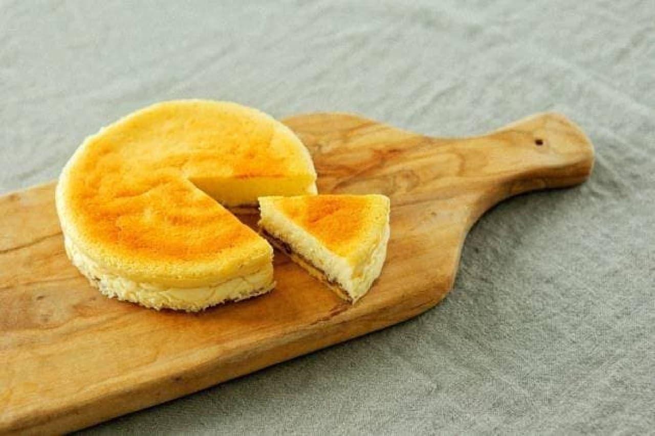 「913(ヌフ アン トロワ)」のスフレチーズケーキ