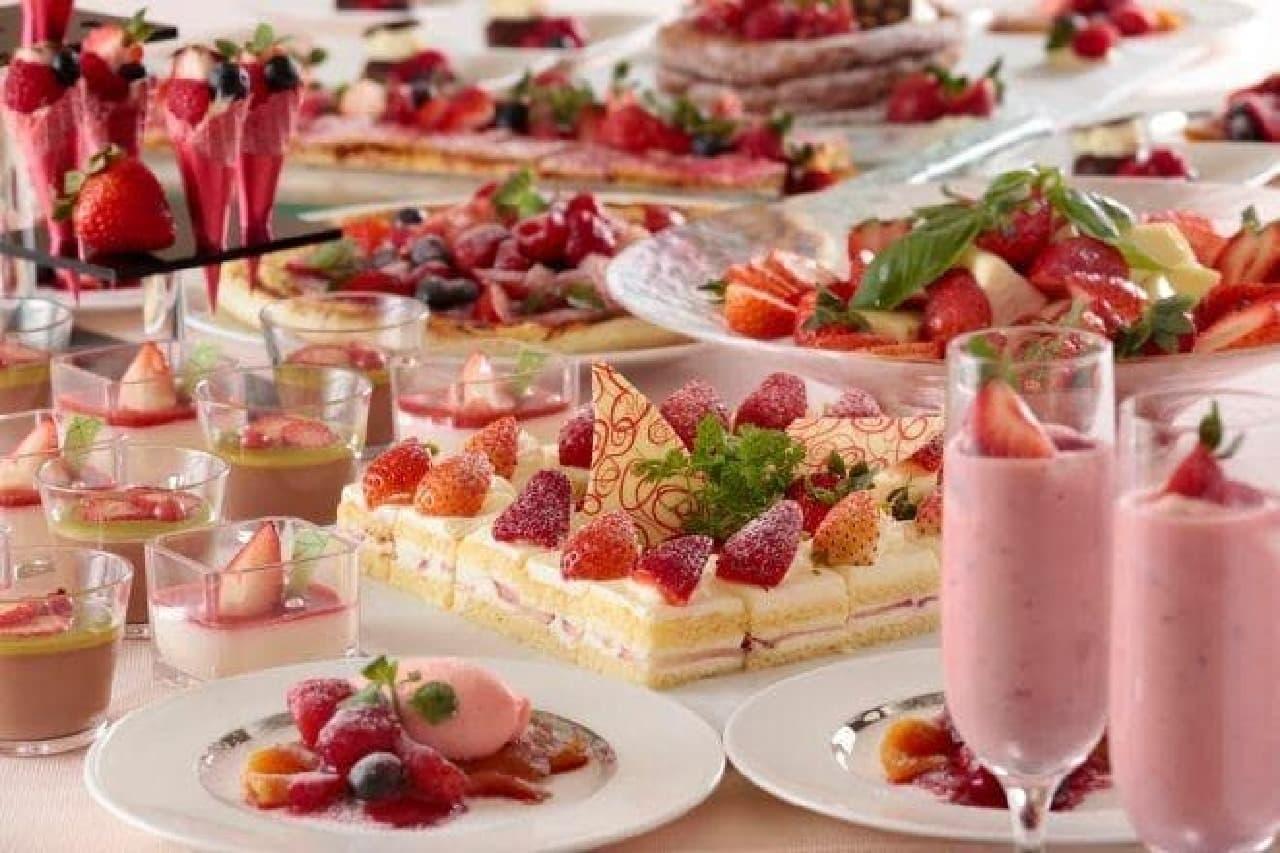 横浜ベイシェラトン「アフタヌーンスイーツブッフェ~Strawberry Fair~」