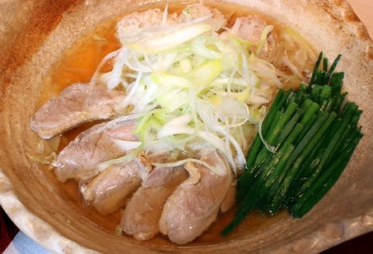 大戸屋「出汁香る たっぷり葱の鴨鍋定食」