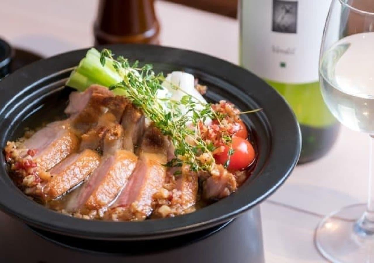 肉バル カモショッタネギ「武州鴨と長葱のガーリックオイル鍋」