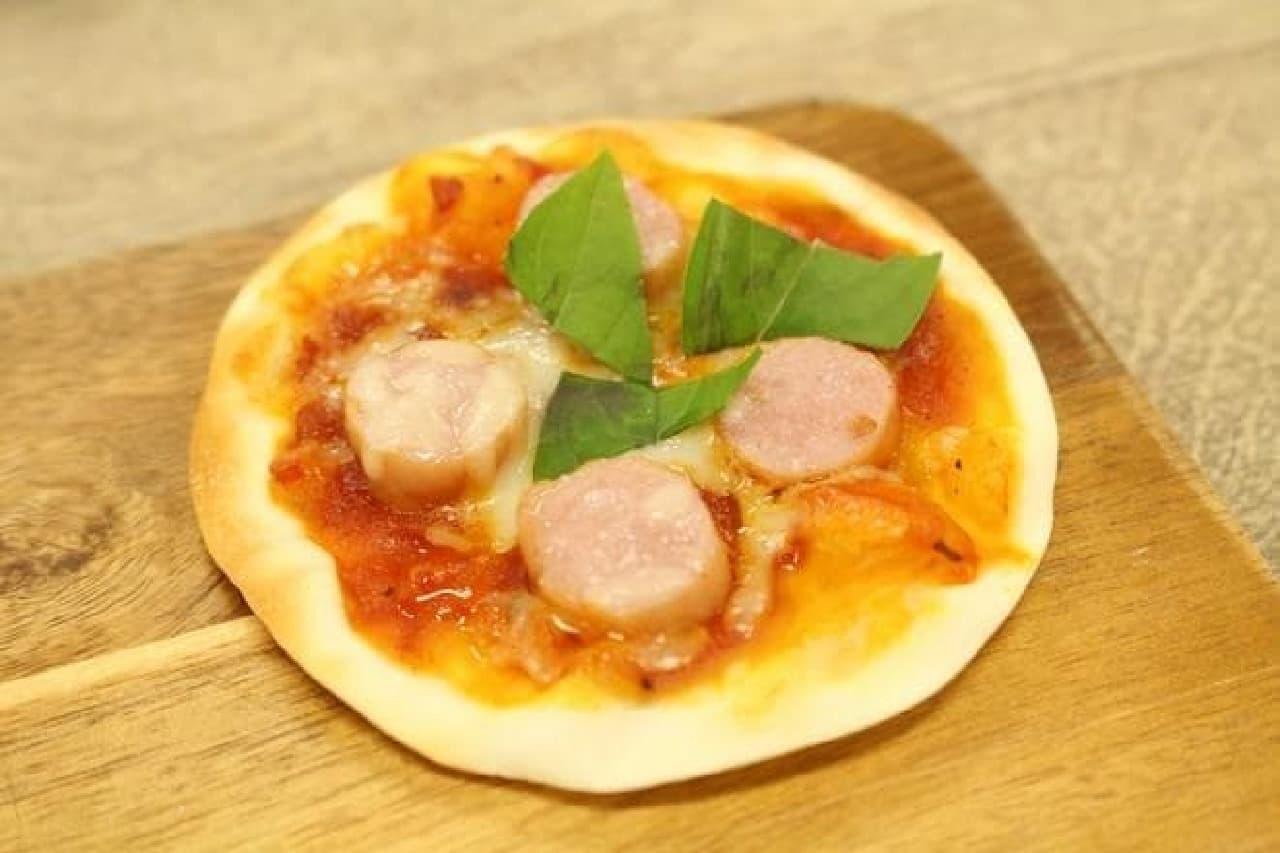 餃子の皮ので作ったピザ