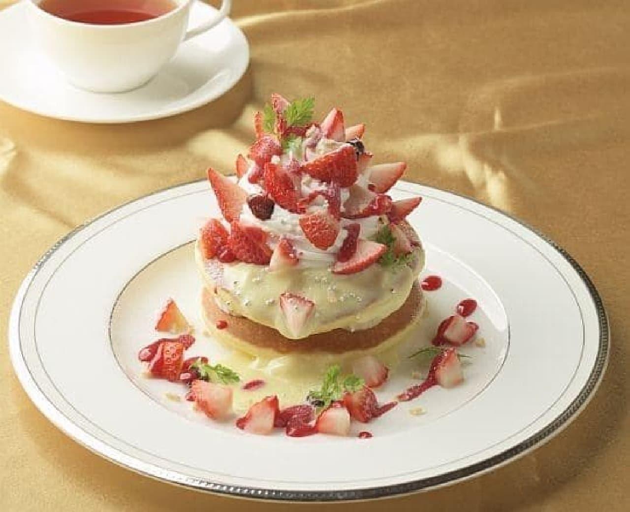 銀座コージーコーナー「苺のホワイトクリスマスパンケーキ」