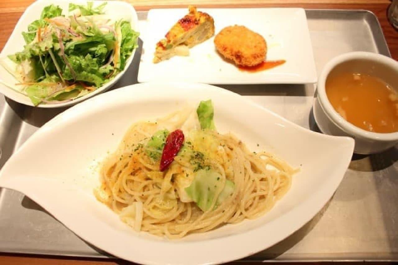TAVERNA UOKIN(タヴェルナ ウオキン)京橋店の500円ランチ