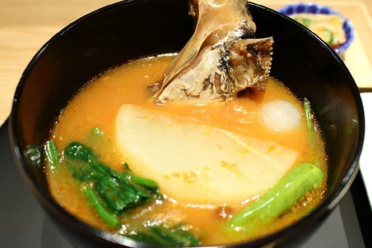 おだし東京、8種のおだしと真鯛のお椀