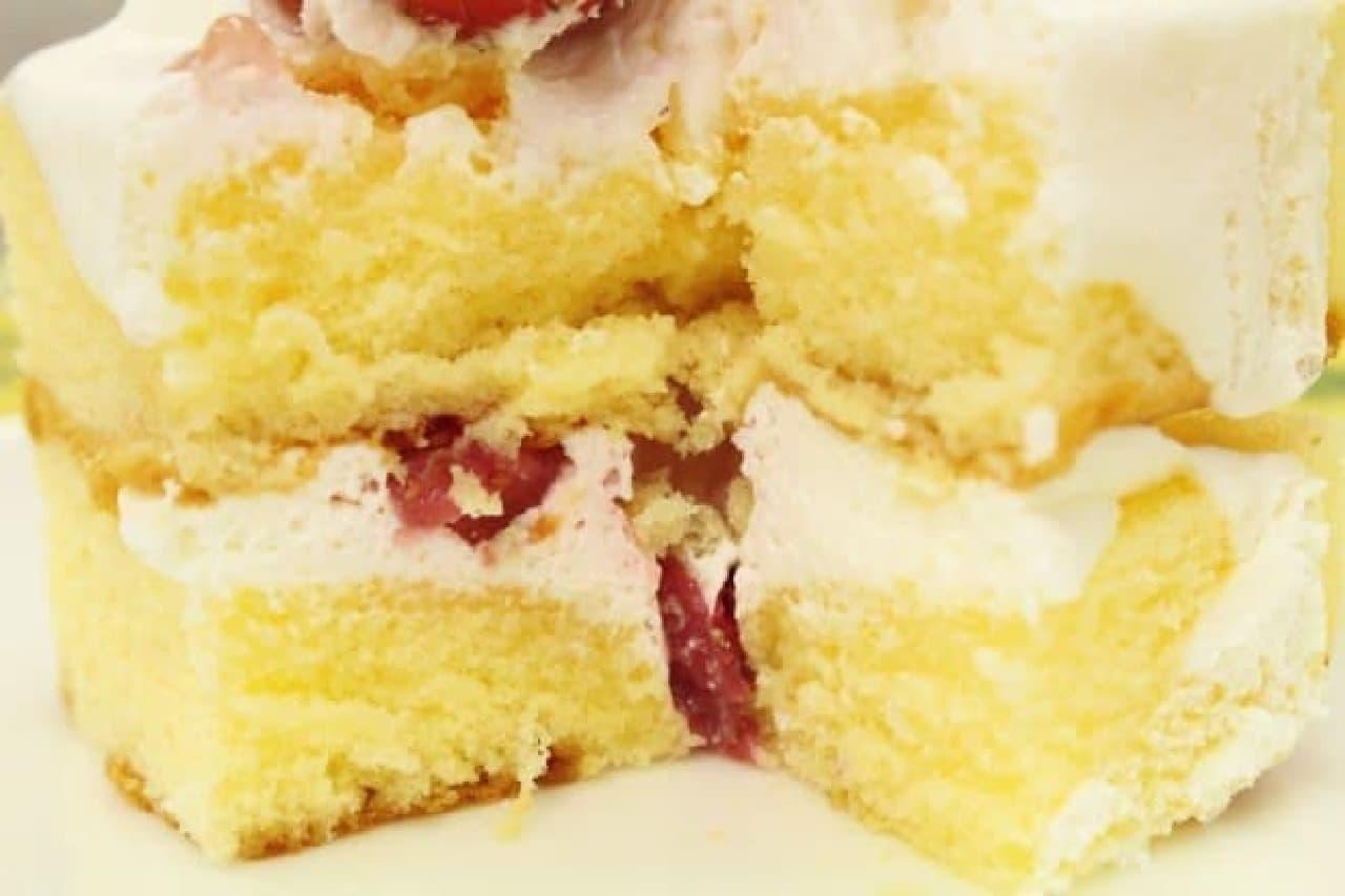 ファミリーマート「苺ショートケーキ」