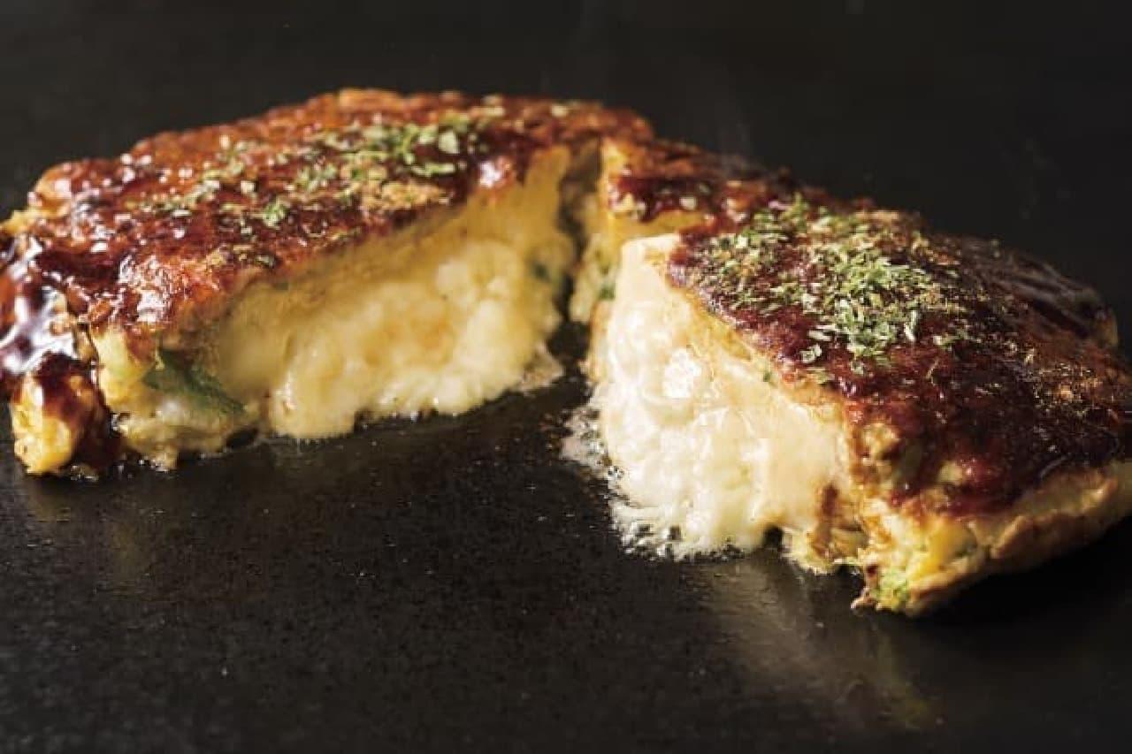 道とん堀「丸ごとカマンベールチーズ玉お好み焼き」